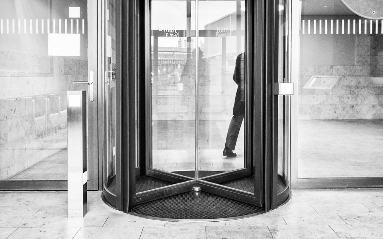 revolving door, facts, life, people, science, smarter, invention