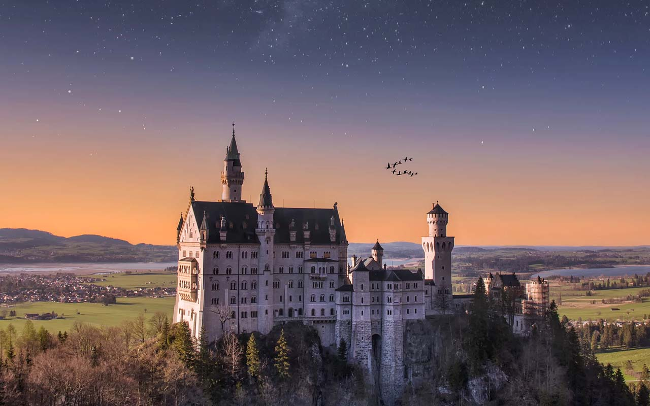 Neuschwanstein Castle, Germany, facts, travel, people, photography, cameras