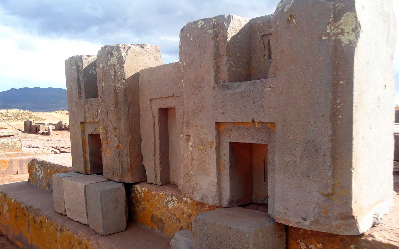 Puma Punku, Bolivia, H blocks, facts, science, people, life, history