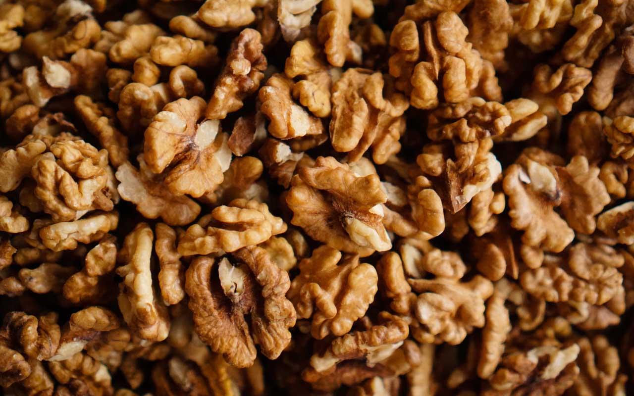 walnut, fruit, foods, facts, people, myth, true