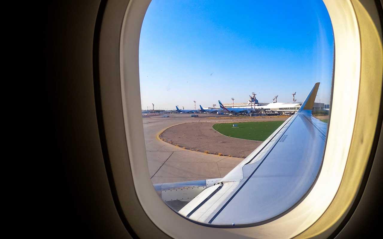 airline secrets, flight attendants, pilot, airplane window, facts, travel