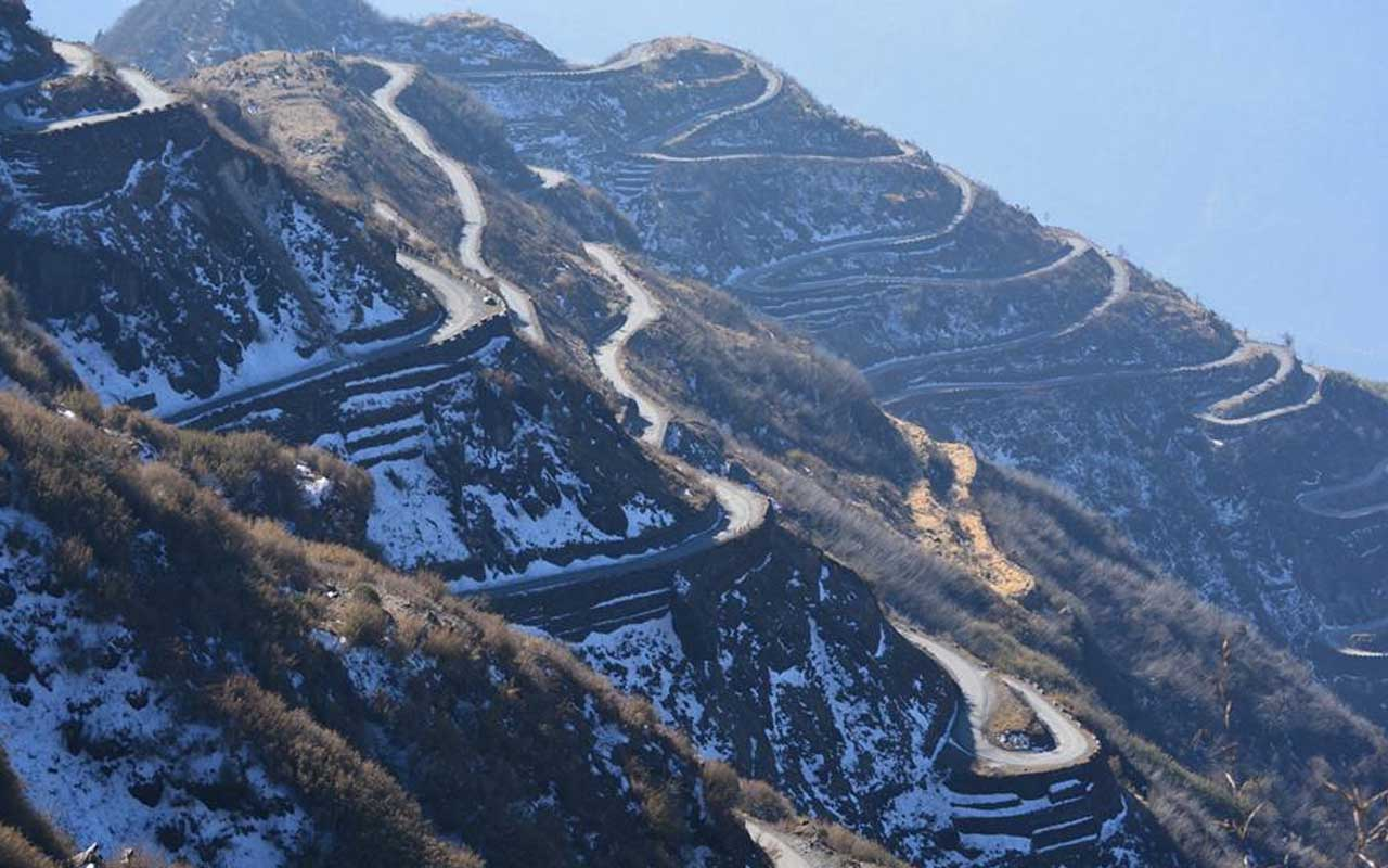road, Zuluk road, Sikkim, India, travel, wanderlust, facts