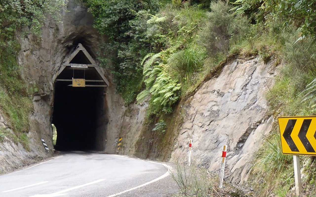 Forgotten World Highway, Dangerous roads, facts, travel, people, New Zealand