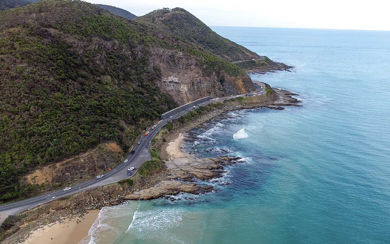 Great Ocean Road, Australia, facts, ocean, travel, adventure, mountain