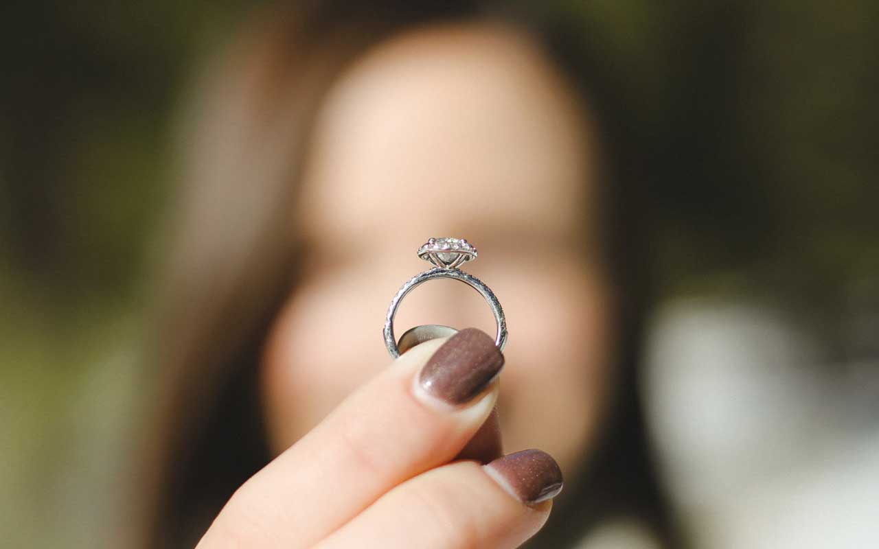wedding ring, carrots, garden, gardening, inspiring story