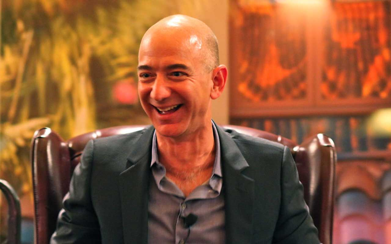 Jeff Bezos, Amazon, shopping, billionaire, life, lifestyle
