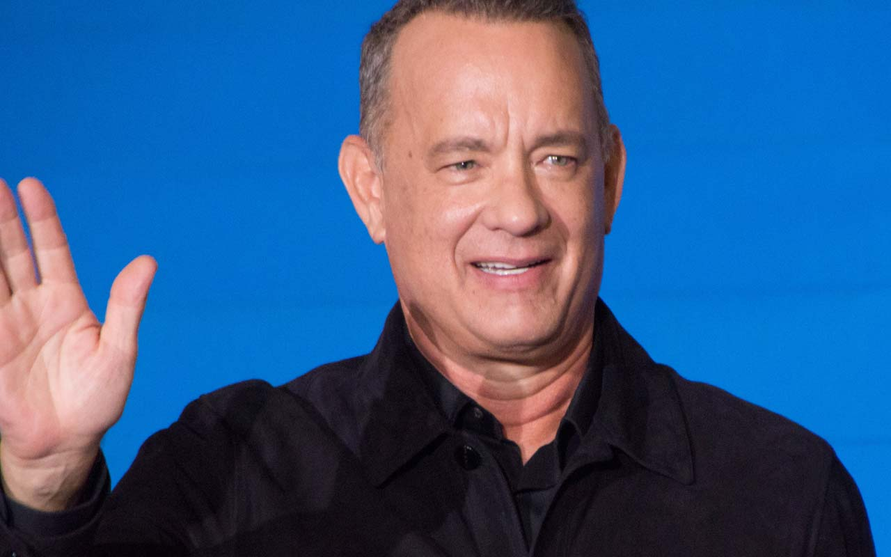 Tom Hanks, Sully, Captain, Red Carpet, movie premiere, facts, entertainment
