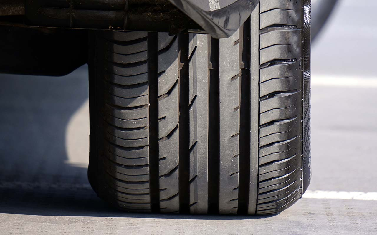 car tire, tread, driving, people, United States, facts
