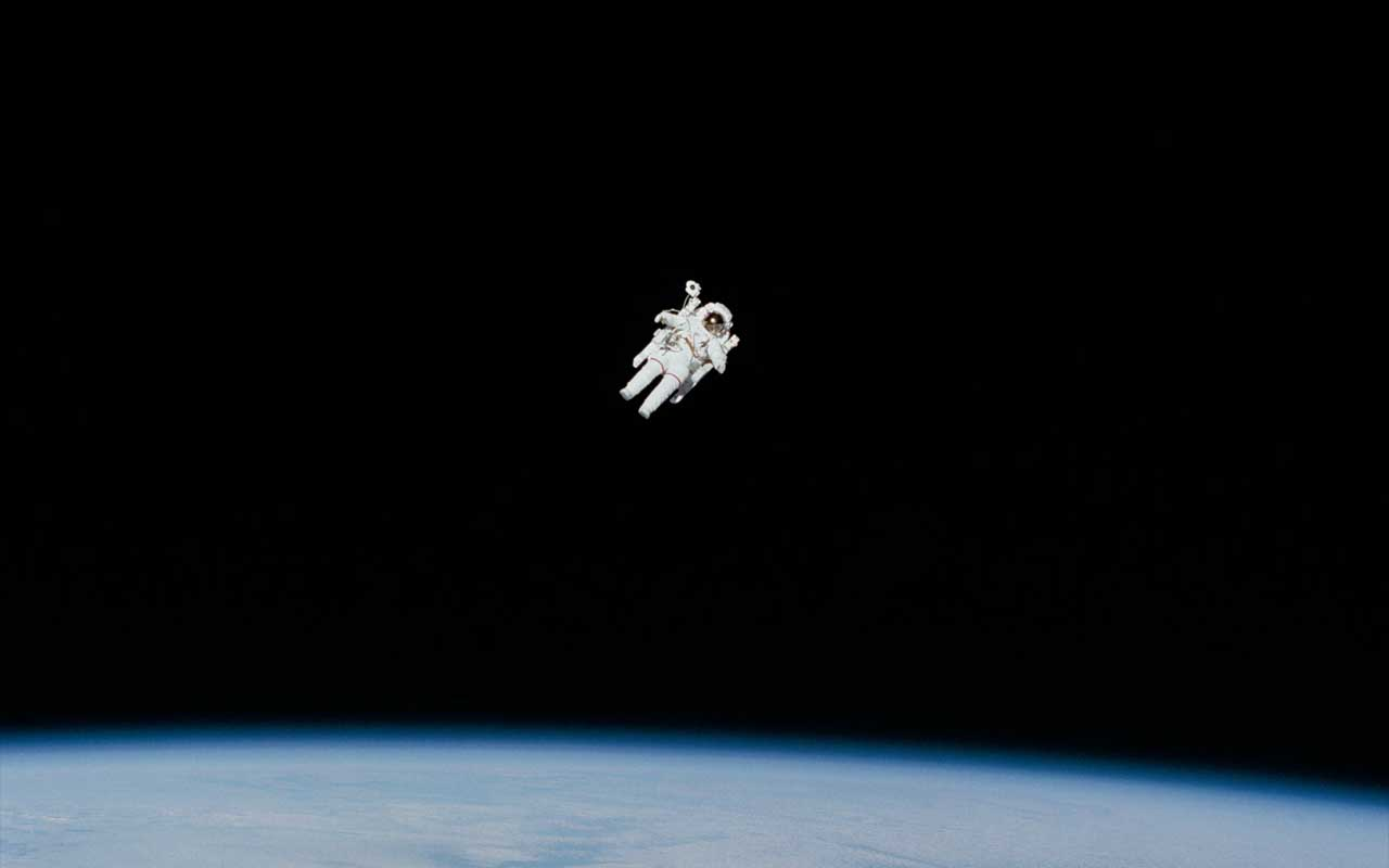space, NASA, astronaut, human beings, alone, blue marble