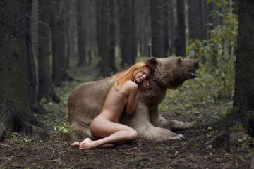 Katerina Plotnikova Photography Bear