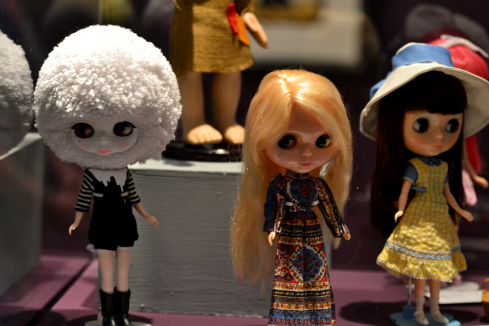 vintage and contemporary Blythe dolls at melancholy menagerie big eyes art exhibition in fullerton