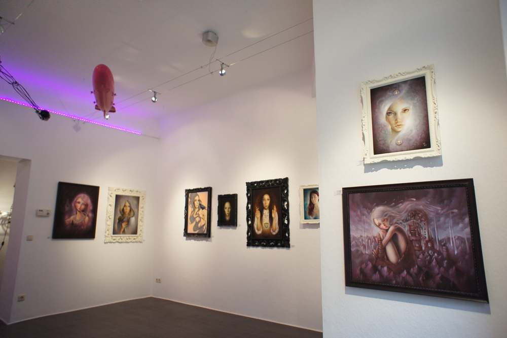 Chaos // Kosmos - Double Solo Show of Erica Calardo and Ania Tomicka at Pink Zeppelin Gallery