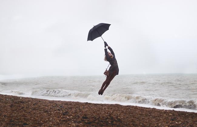 Luke Sharratt - Luke Takes Photos - levitation photography