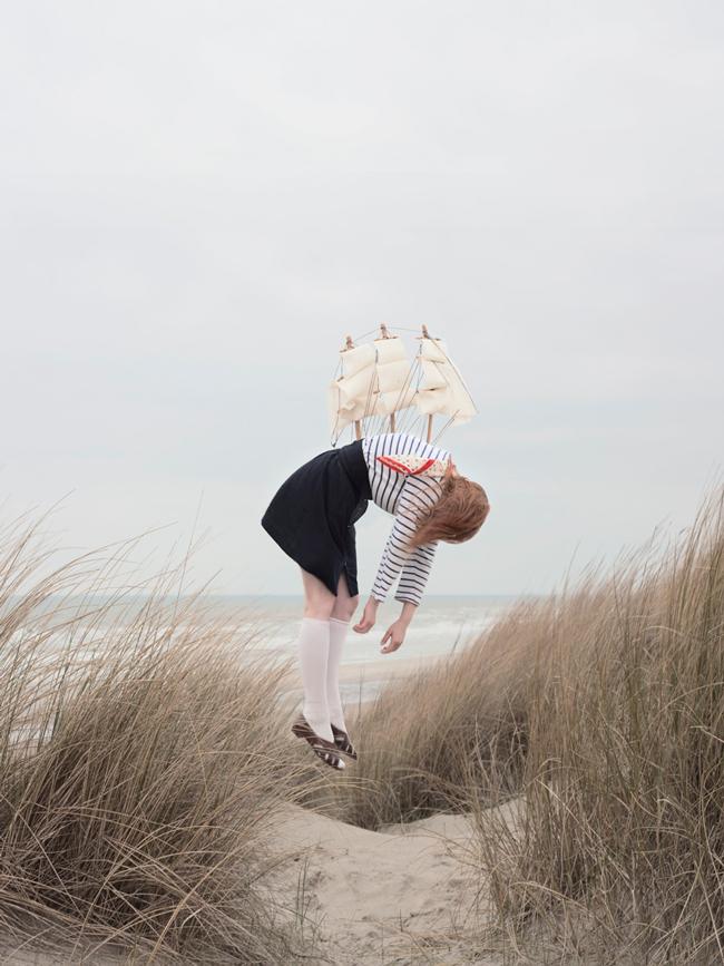 Maia Flore - levitation photography