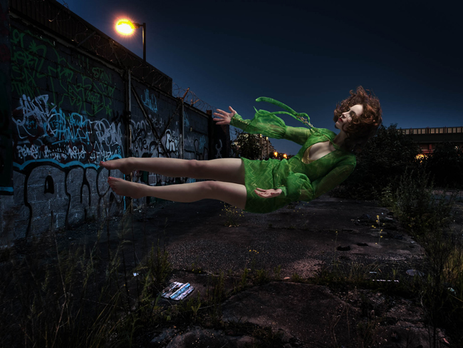Marc Rogogg - levitation photography