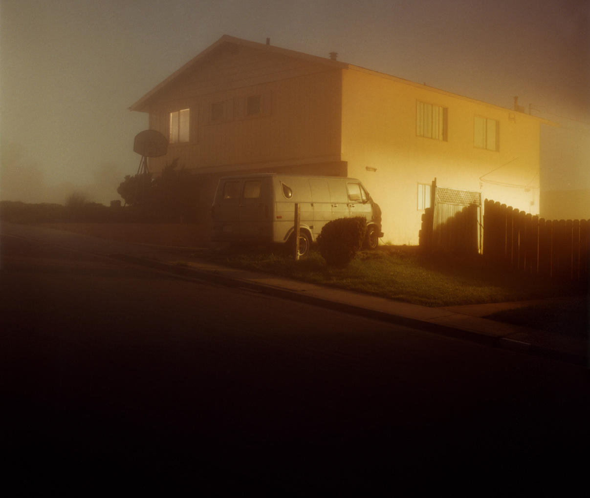 Todd_Hido_beautifulbizarre_11