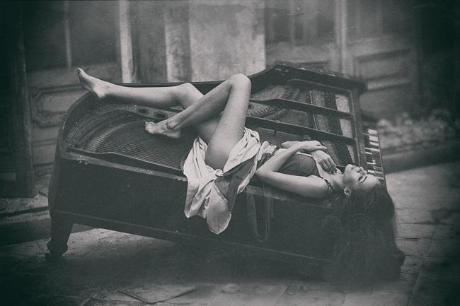 Emilia_Batkowska_beautifulbizarre_020