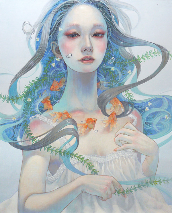 Miho Hirano painting of girl with long wave-like hair full of green fronds. She wears a necklace of goldfish.