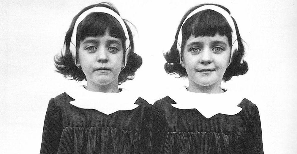 Diane Arbus Twins Black & white photography