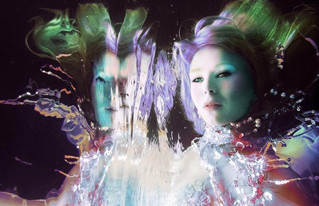 Nina Pak unerwater colorful reflection portrait photography