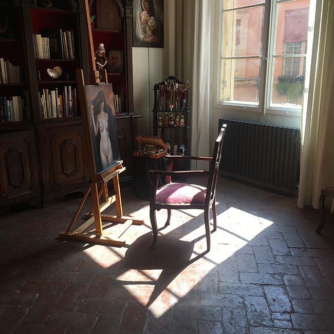 atelier erica calardo painting bookshelf copyright francesco berardinelli