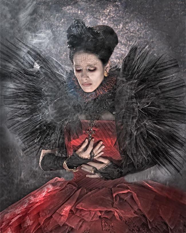 Lorena Cordero Your Majesty the Queen