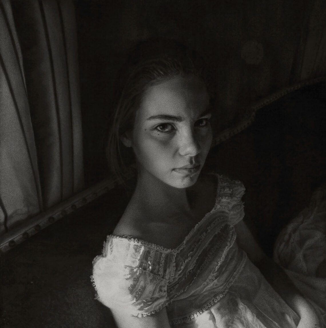 charcoal drawing by annie murphy-robinson - 2019 beautiful bizarre art prize winner - exhibition