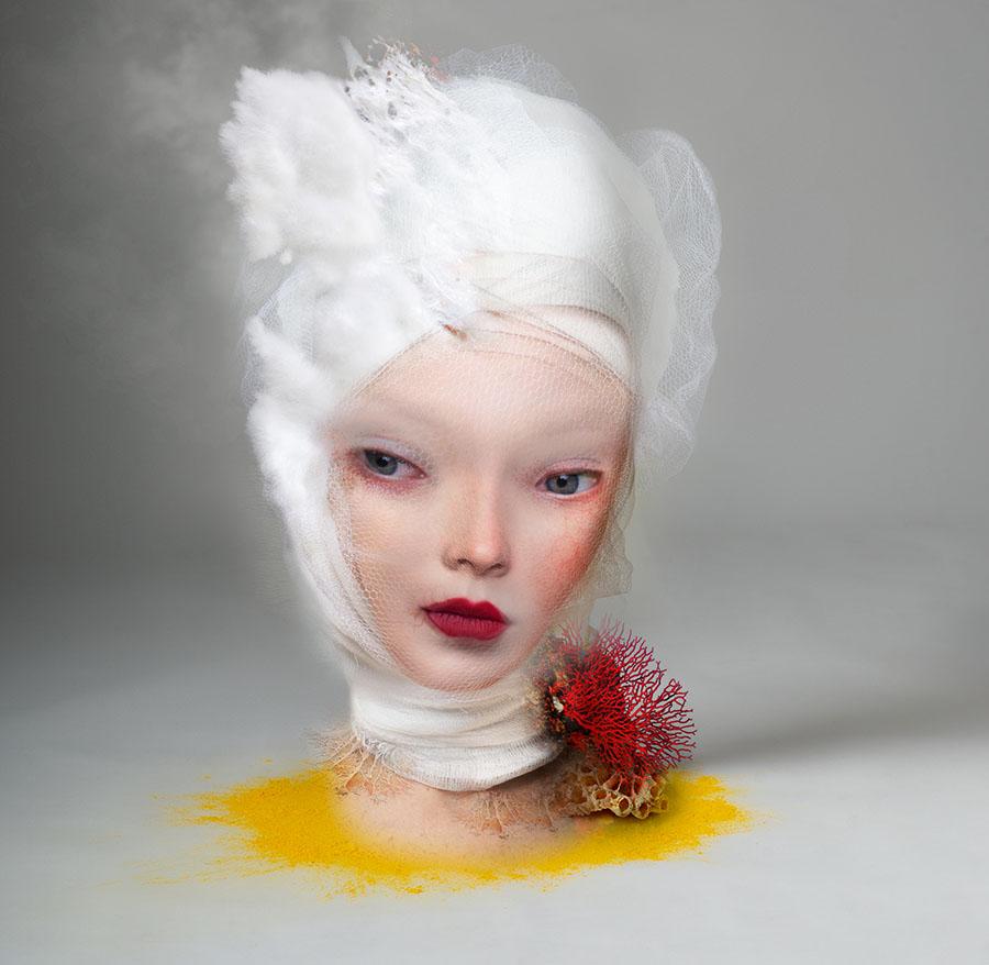 Cecilia Avendaño coral woman