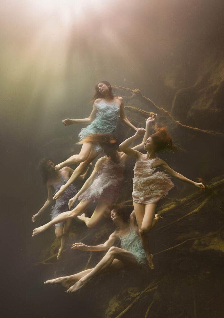 Lexi Laine underwater women