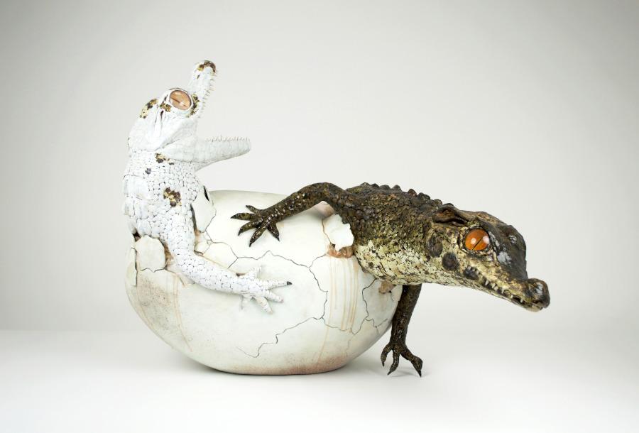 Sarah Lee two baby crocodiles sculpture