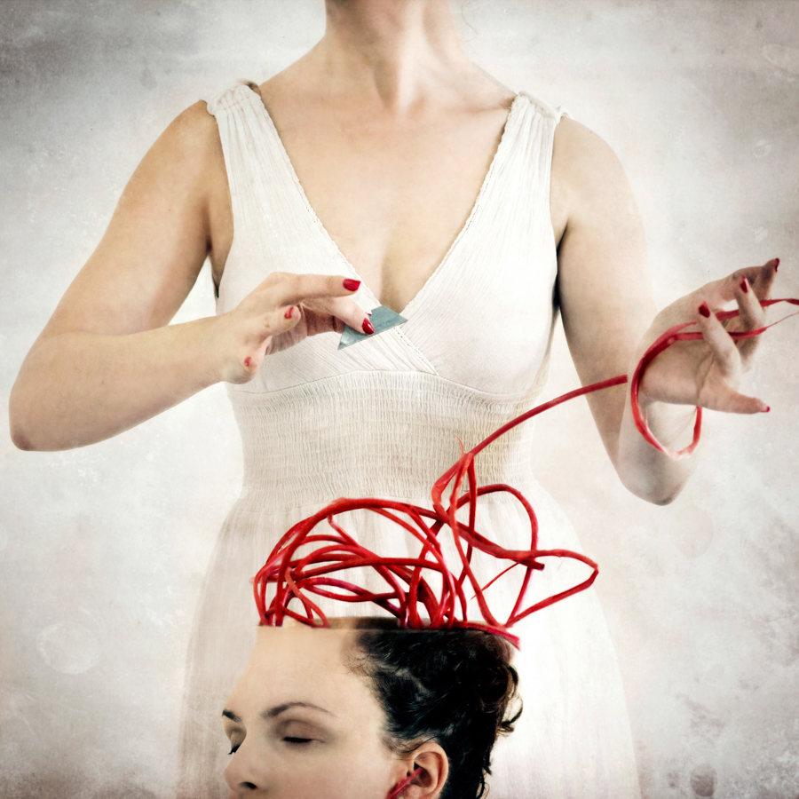 Jen Kiaba surreal photomanipulation wiring