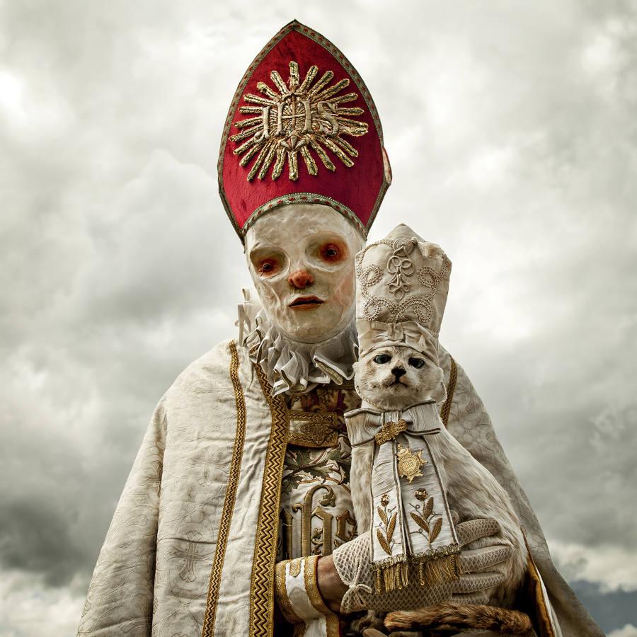 Mothmeister white bishop