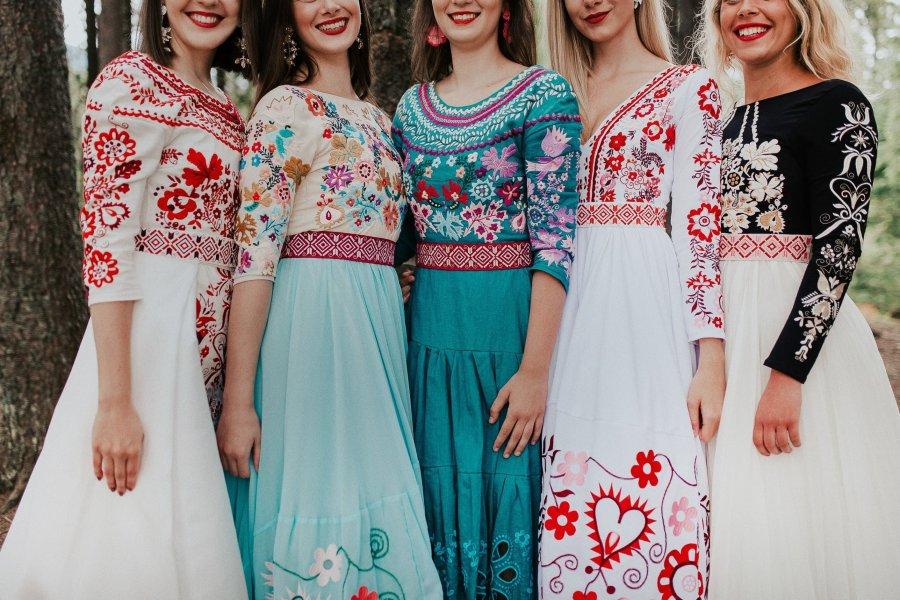 Jaroslava-Wurll-Kocanova-Dress-Assortment