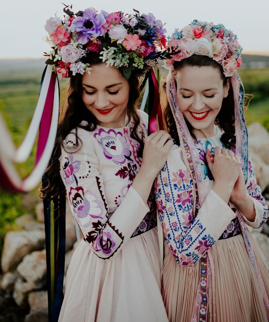 Jaroslava-Wurll-Kocanova-Long-Sleeve-Dresses