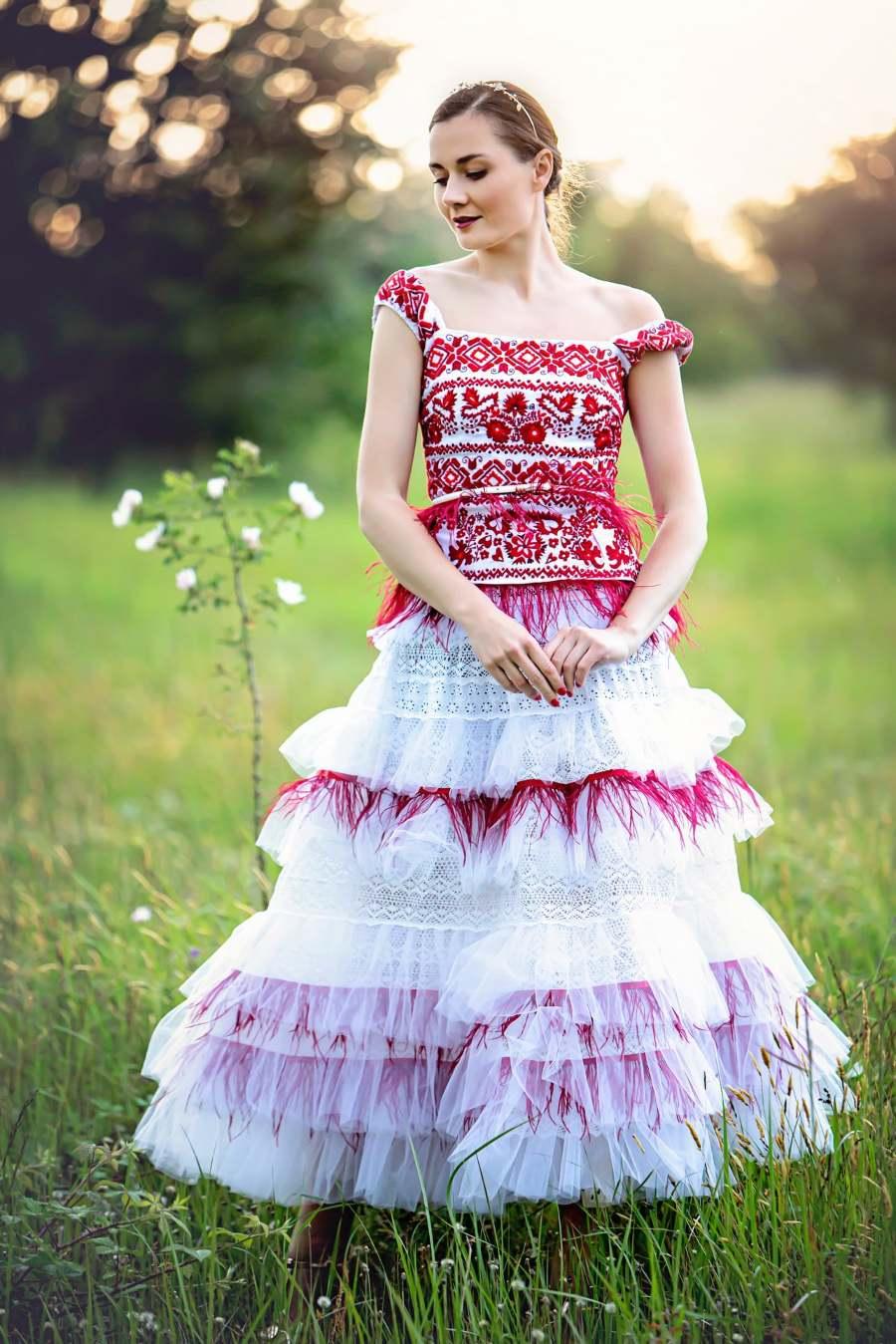 Jaroslava-Wurll-Kocanova-Red-Layered-Dress