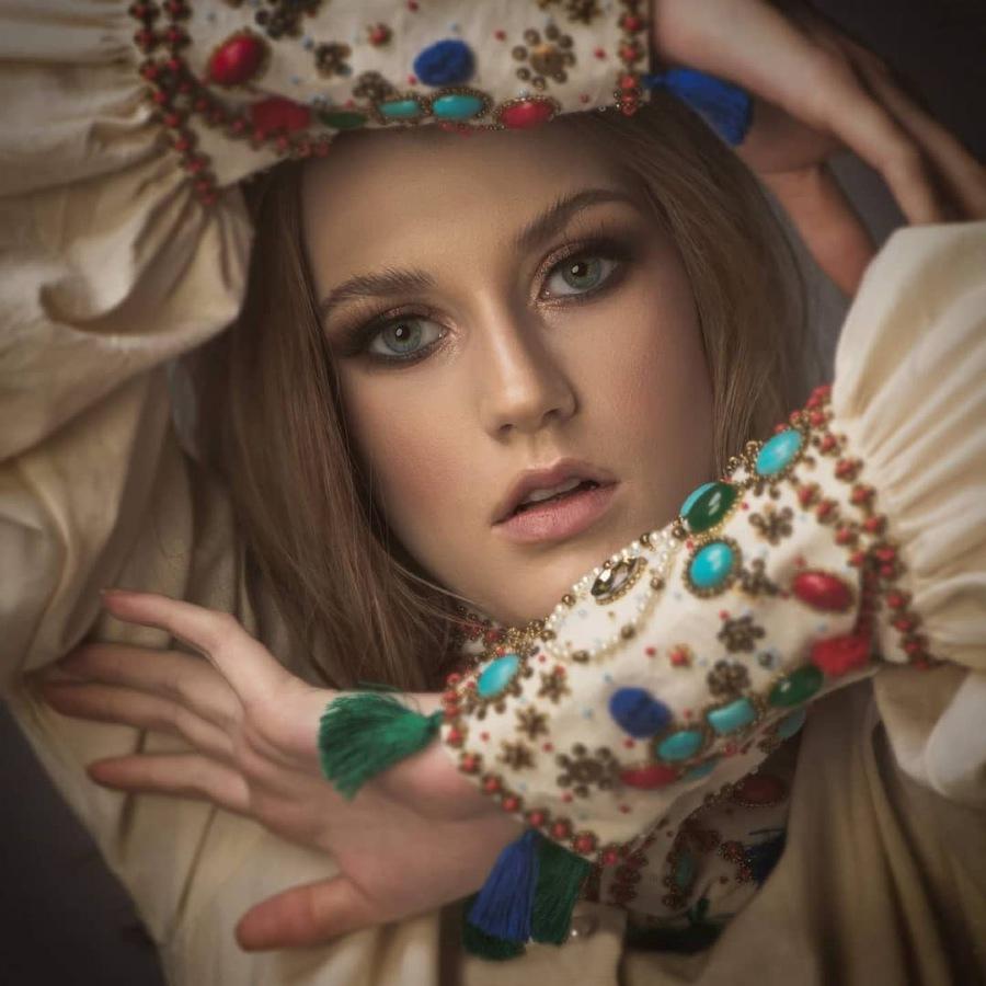 Bird-Skin-Jeweled-Sleeves