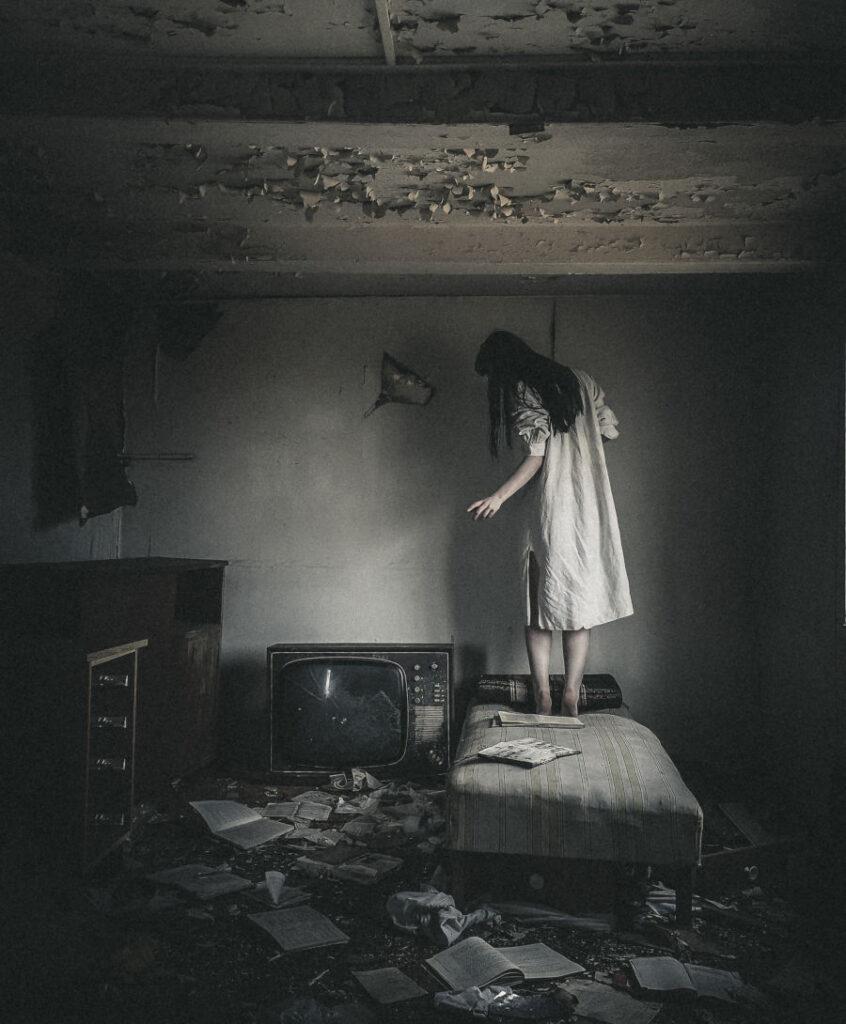 Amy-Haslehurst-Abandoned