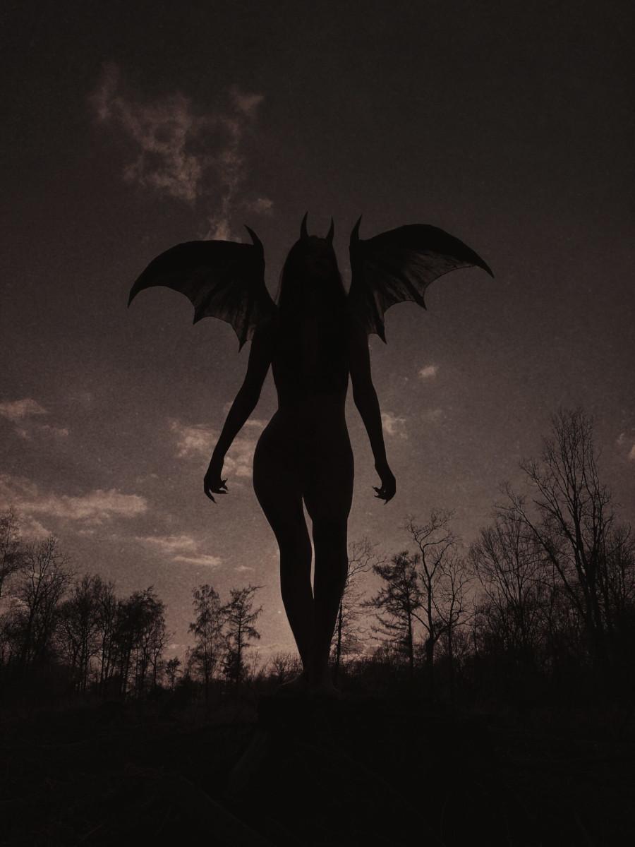 Nona-Limmen-Lilith