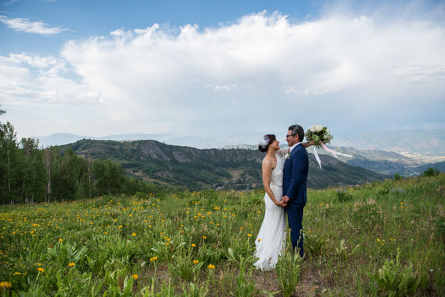 Aspen Wedding, Aspen Wedding Photography, Aspen Snowmass photographer, Lynn Britt Cabin, Lynn Britt Wedding