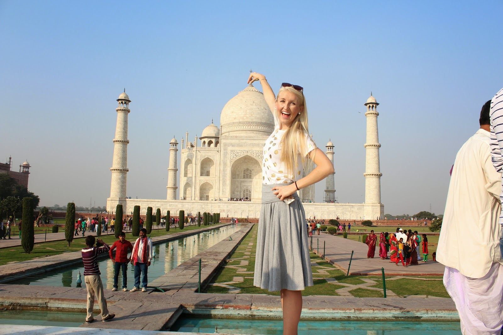 the taj mahal : one of the wonders of the world