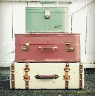 travel tips: packing light