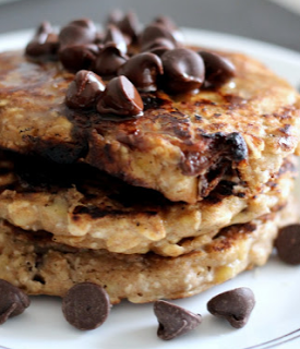 banana chocolate chip oatmeal pancakes