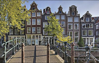 guide to amsterdam