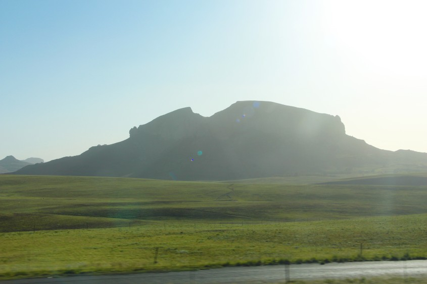 driving the drakensberg mountains
