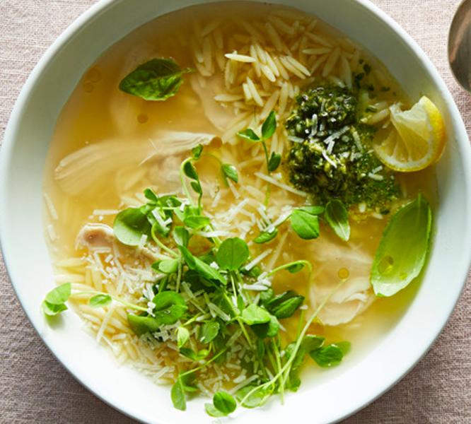 lemony pesto orzo soup