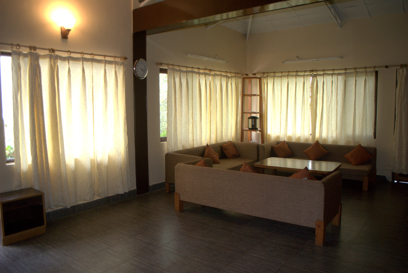 Family Cottage - Living room