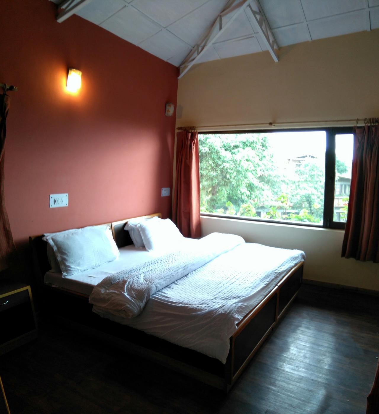 Family Cottage - Ground Floor Bedroom