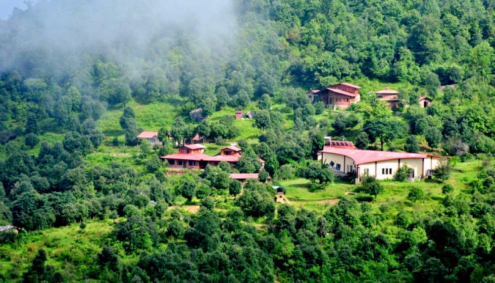 misty mountains offbeat retreat