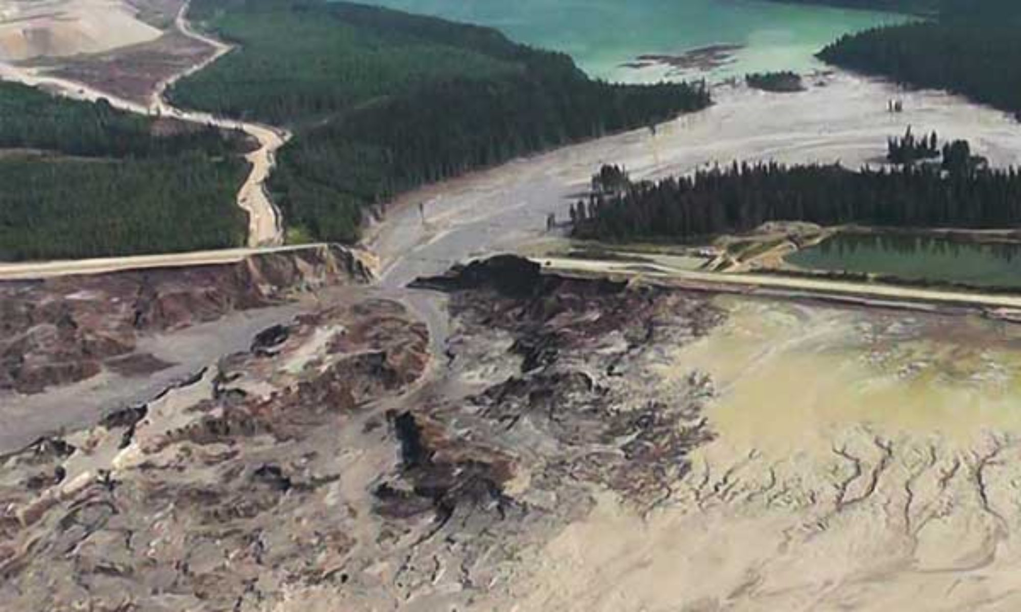 World Mine Tailings Failures—from 1915