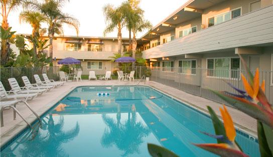 https://secureservercdn.net/50.62.172.157/mkr.325.myftpupload.com/wp-content/uploads/coronado_beach_hotel_pool_day2.jpg?time=1634191398